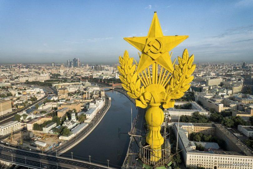 Забронировать экскурсию на шпиль Сталинской высотки