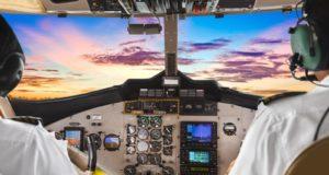 Полет на тренажере-симуляторе