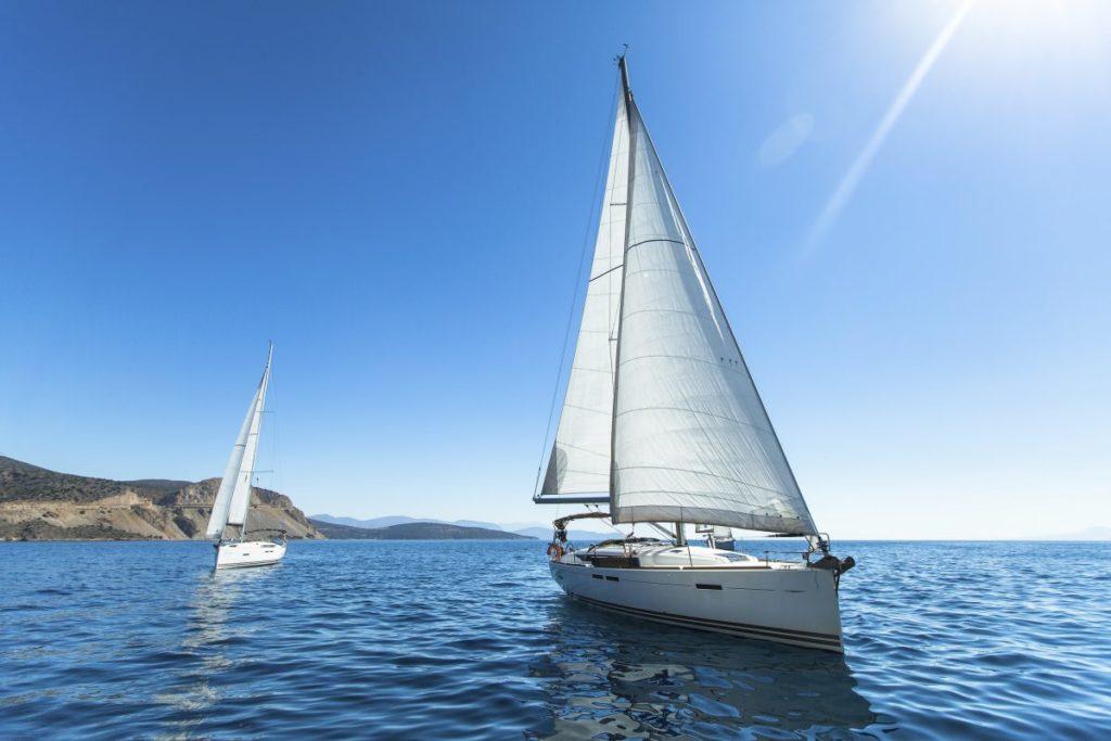 Обучение и прогулка на парусной яхте