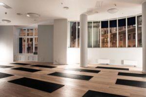 Студия YogaWorks