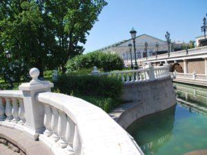 Экскурсия - квест для детей по Александровскому саду