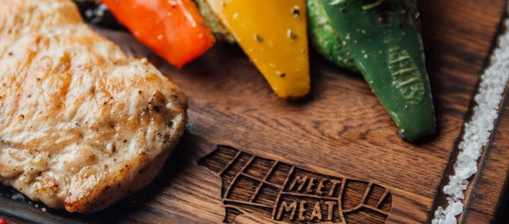 Скидка в гриль-баре Meet Meat
