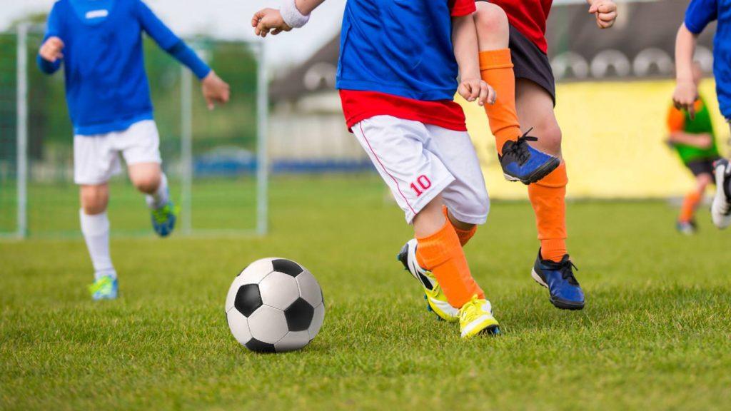 Тренировки по футболу для ребенка в клубе Мегаболл