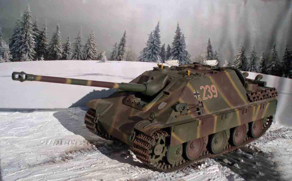 Поездка натанке ПТ-САУ Jagdpanther