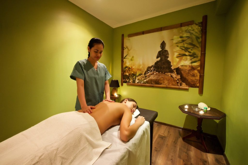 SPA-программа в сети салонов тайского массажа «ТайРай»