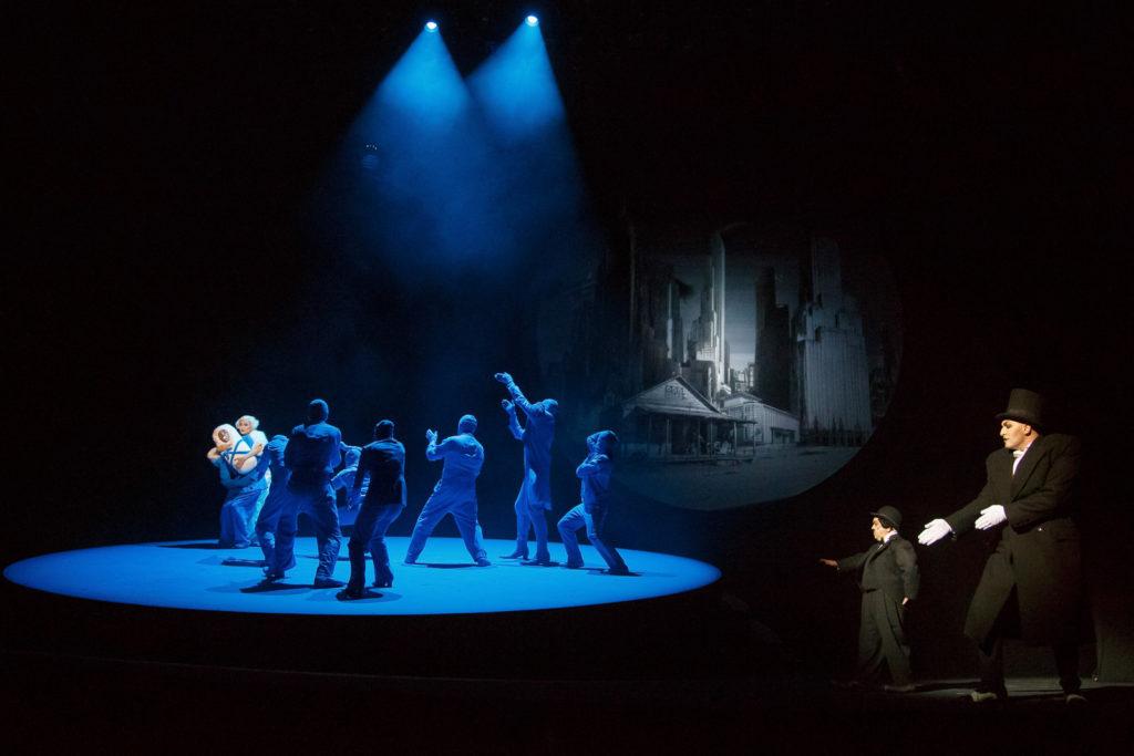 Спектакль «Цирк» в Театре Наций