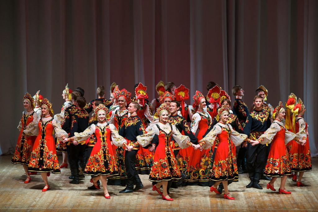 КонцертТеатра танца Гжель«Россия вечная»