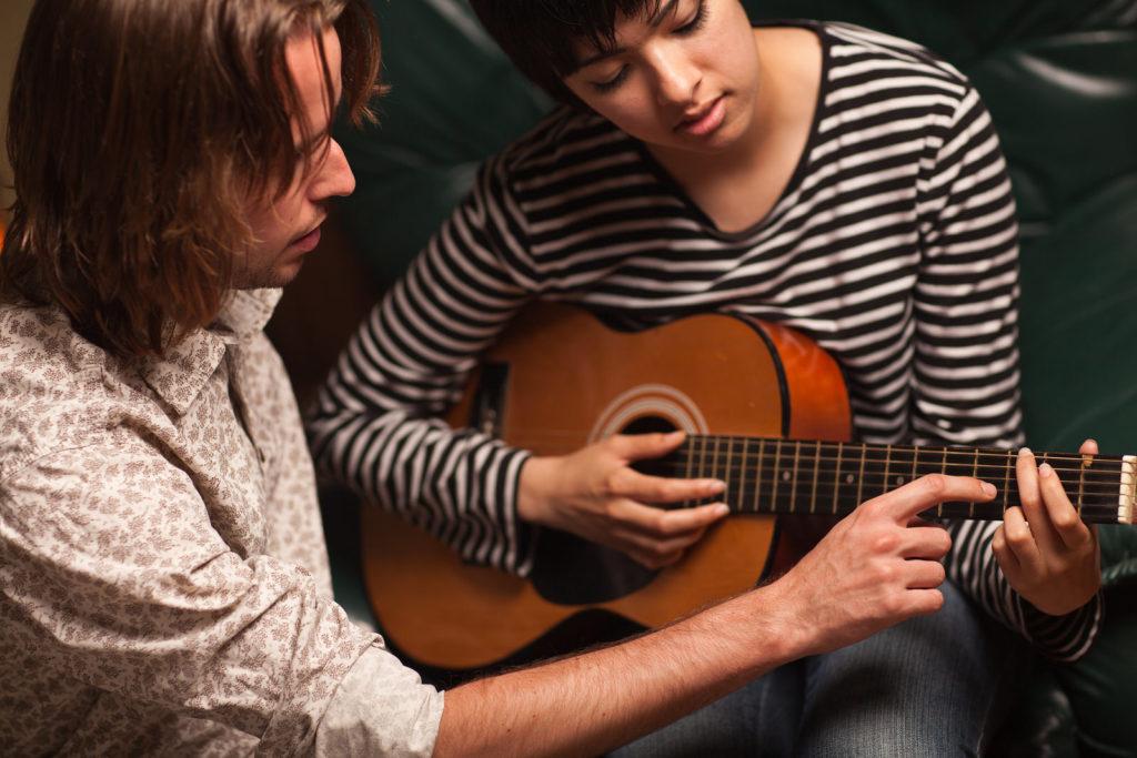 Обучение игре на гитаре в Москве вStudio Sergio