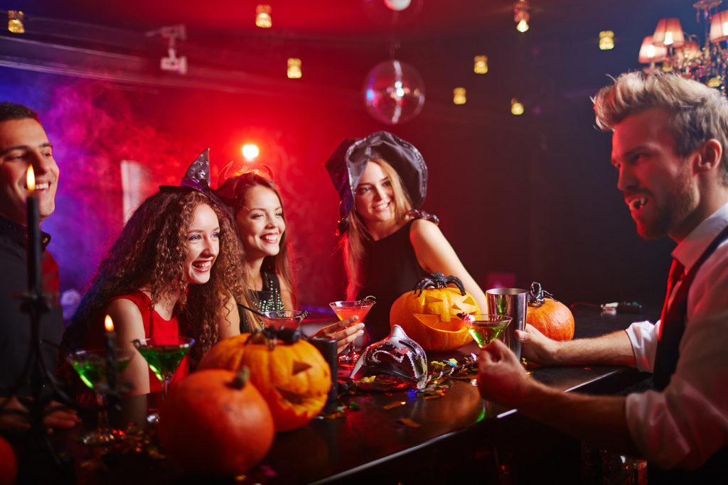 Вечеринка Discoteka 90! Halloween 90!