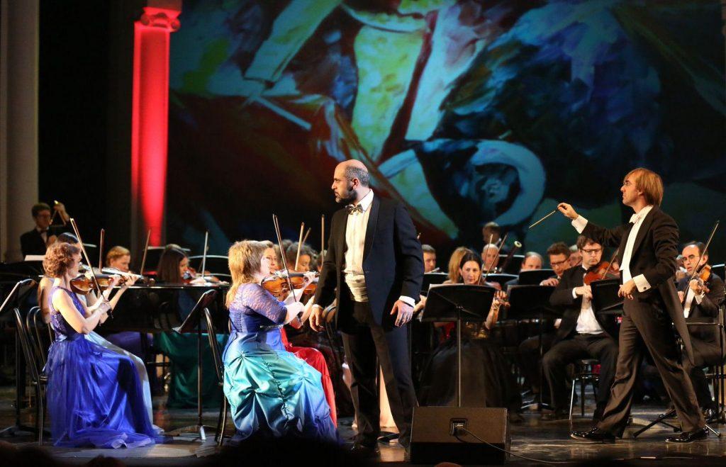 Праздничный концерт мировых звезд оперы