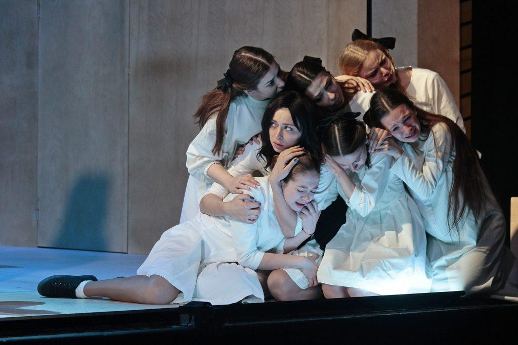 Спектакль «Салемские ведьмы» в Театре на Малой Бронной