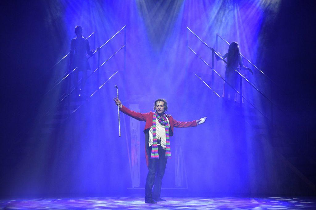 Цирковое шоу «Сквозь время» в Цирке Чудес