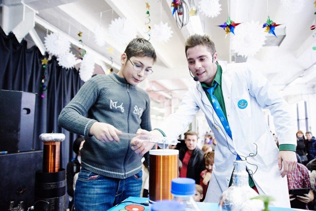 Новогодний фестиваль науки Winter Science Day в Сколково