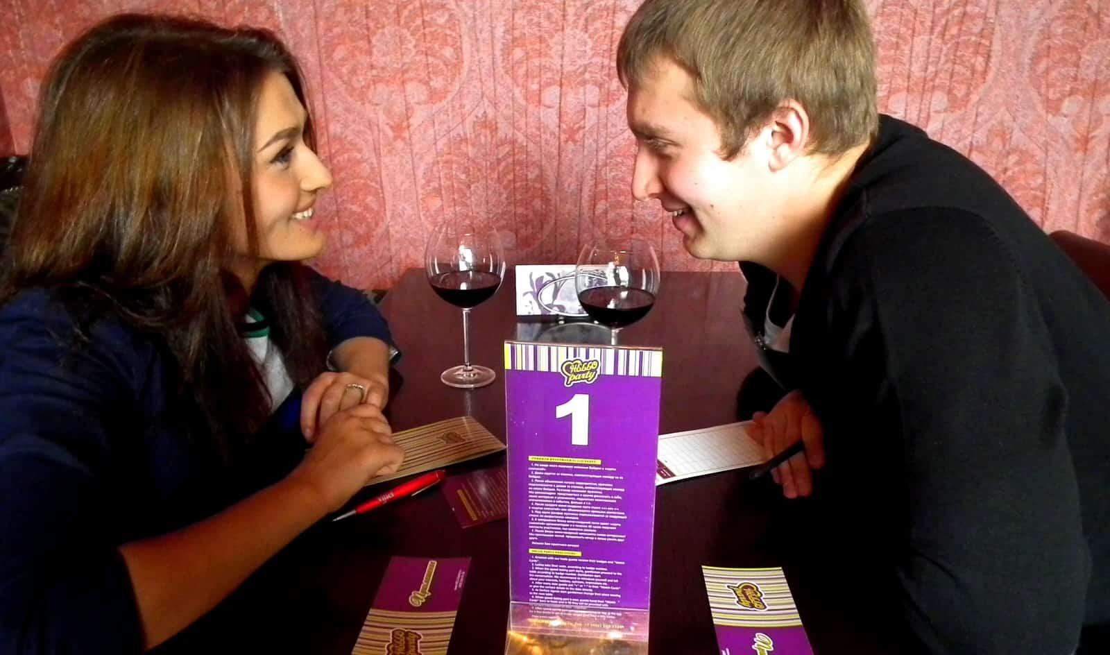 Speed Dating в Москве: что такое быстрые свидания и где попробовать