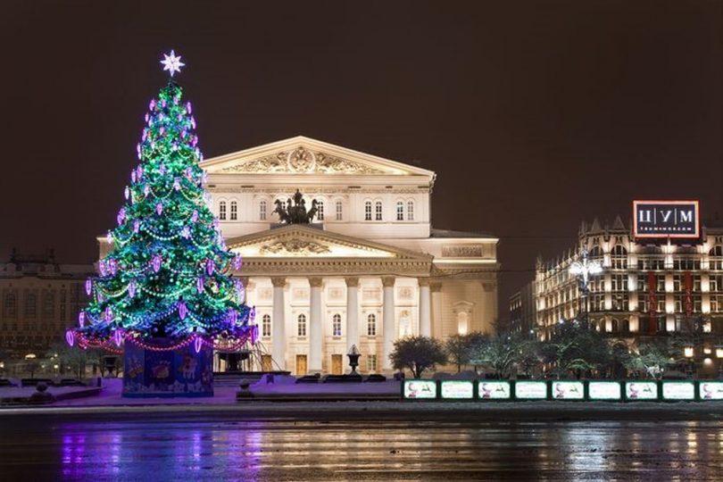 Новогодняя автобусная экскурсия по Москве