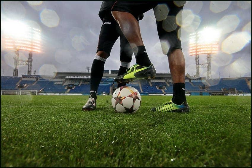 Тренировка пофутболу вфутбольном клубе Football Start