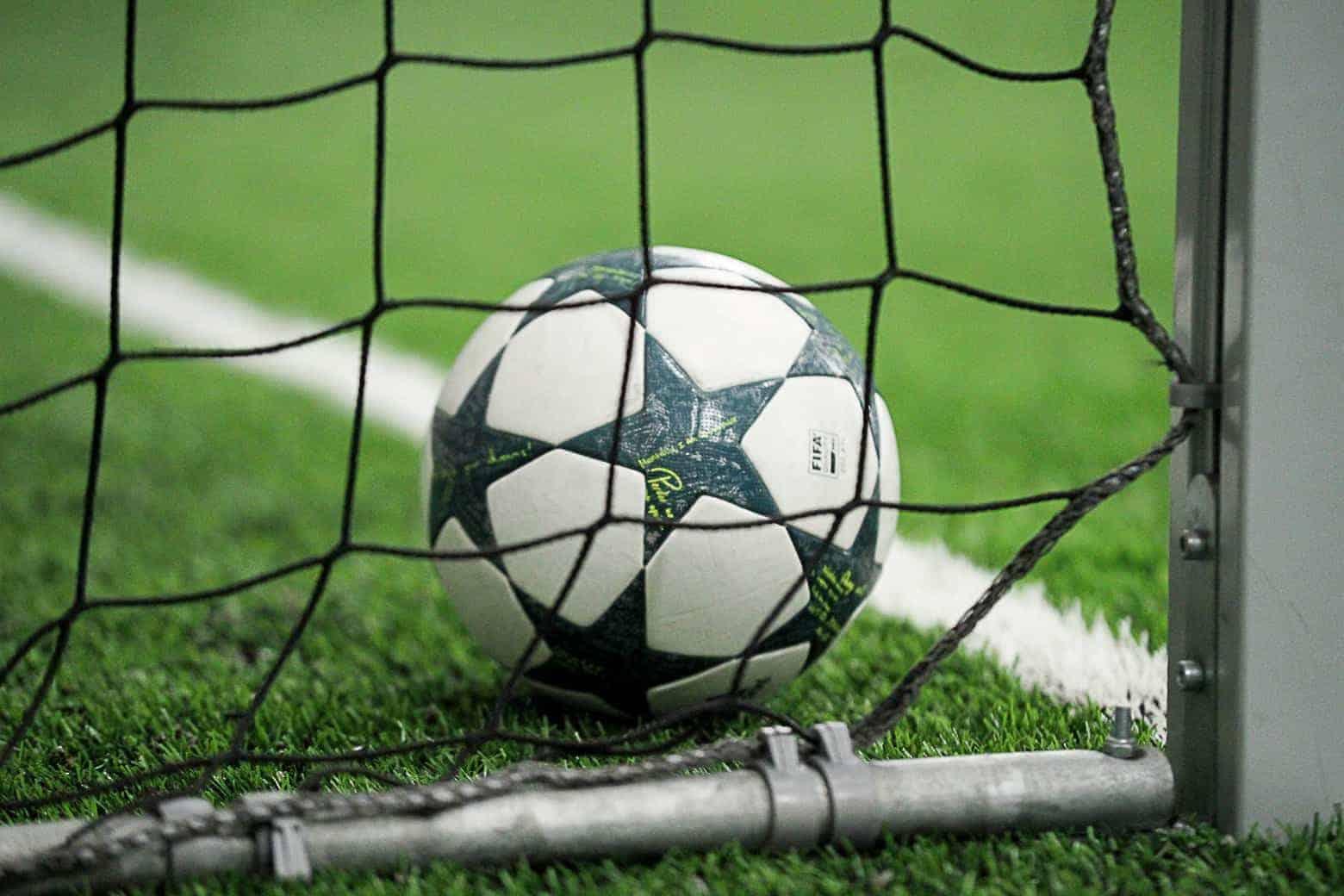 Тренировка пофутболу вфутбольном клубе Football Start купон со скидкой