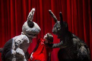 Спектакль «Беги, Алиса, беги» в театре на таганке