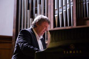 Борис Березовский (фортепиано), Александр Князев (виолончель), Кристоф Барати (скрипка)
