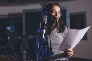 Индивидуальные или групповые занятия вокалом в Москве