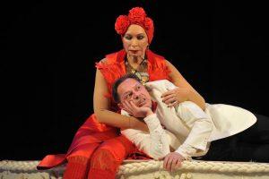 Спектакль «Суп из канарейки» в театриуме и содружестве актеров таганки