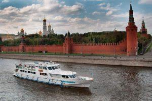Прогулка на теплоходе по Москве-реке от компании «Мосфлот»
